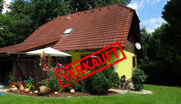Haus mit großzügiger Grünfläche, Terrasse und Ruhelage 8350 Pertlstein